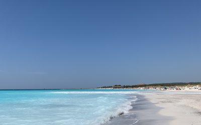 Secret beach with Maldives feels